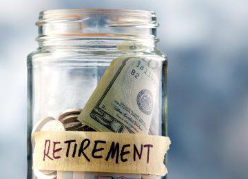 Polacy oszczędzają na emerytury
